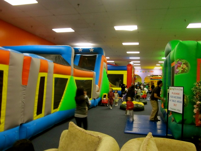 Play Dates At Froggs Bounce House Fountainvalley Giveaway Ended 3