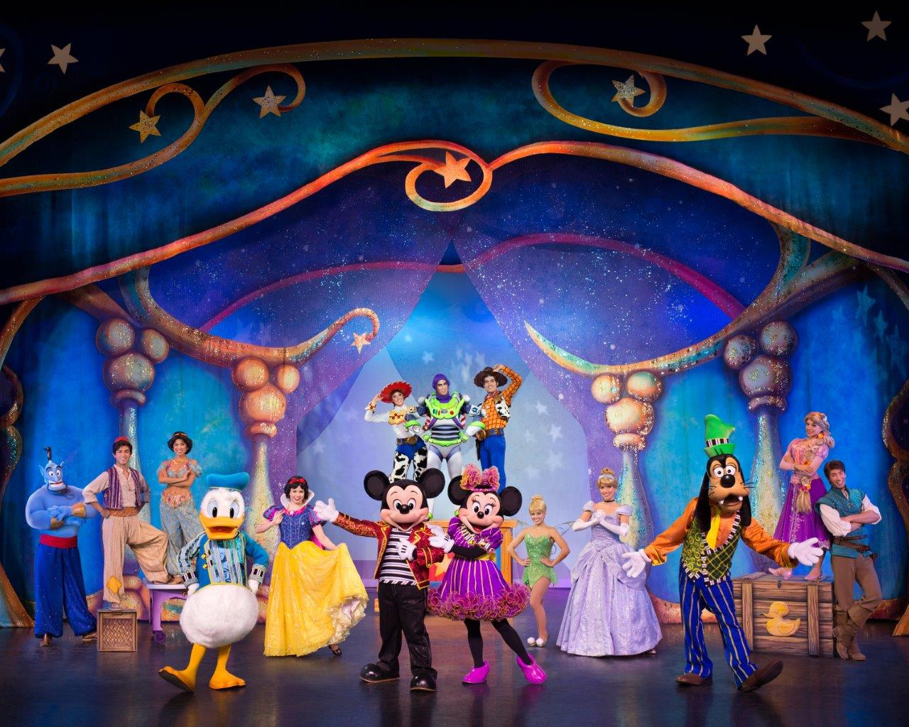 Disney Live Mickey Minnies Doorway to Magic