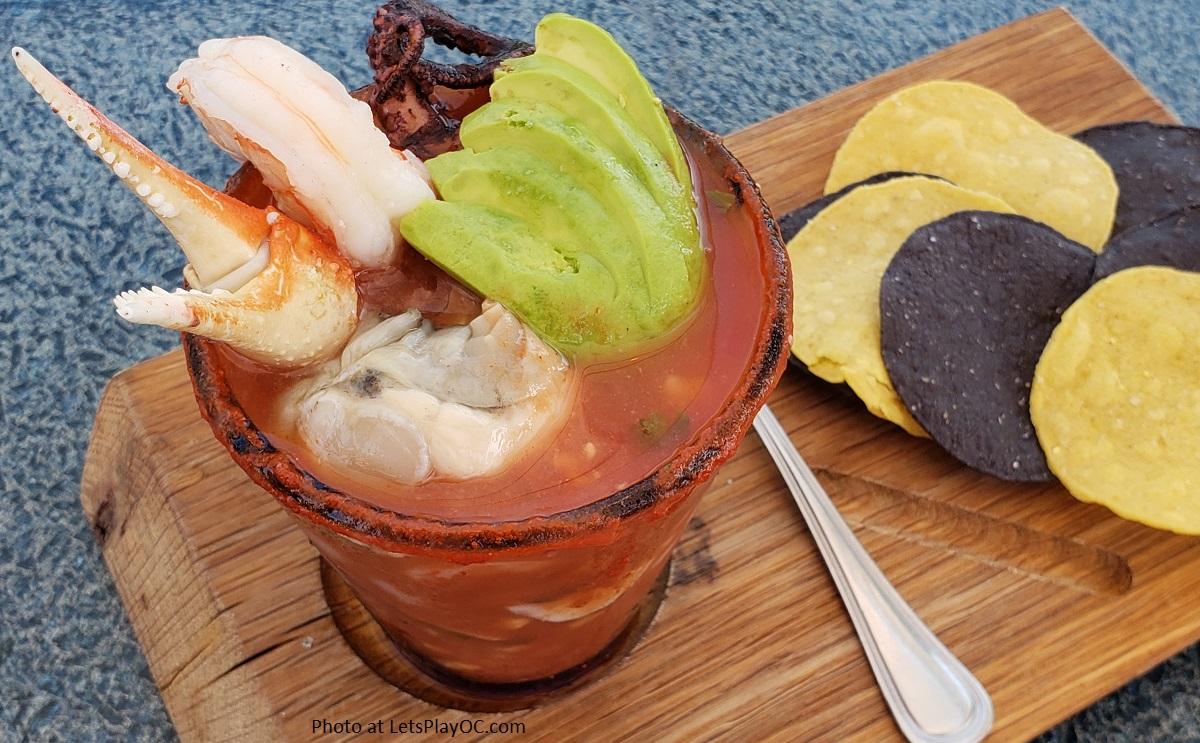 SEAFOOD CÓCTEL -crab claw, shrimp, oyster, octopus, avocado